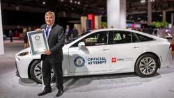 Toyota: Tak Ada Kewajiban Semua Orang Harus Pakai Mobil Listrik