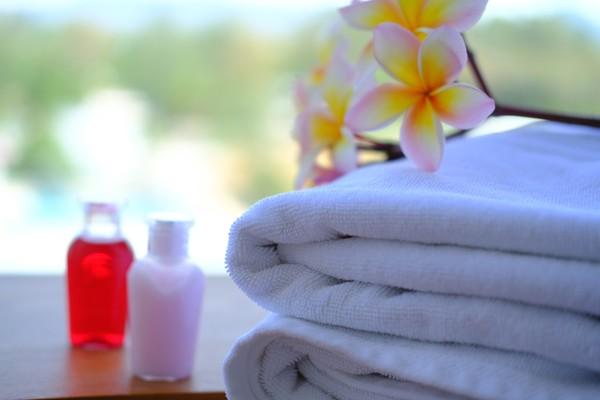Kamu bisa nih bawa shampo dan conditioner yang ada di kamar hotel kamu saat check out. (iStock)