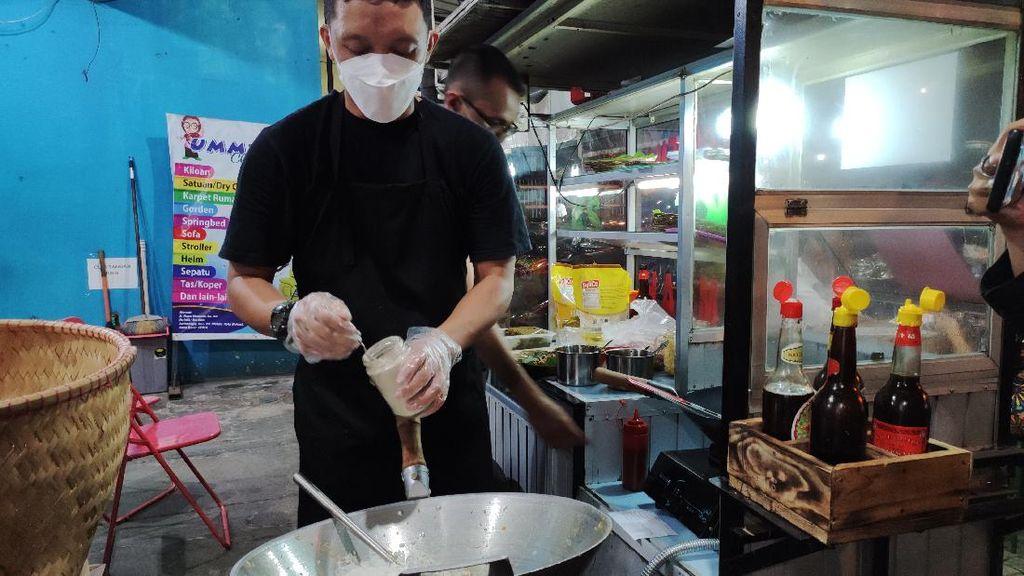 5 Fakta Bang Tigor Ex KPK Jualan Nasi Goreng, Belajar Masak dari YouTube