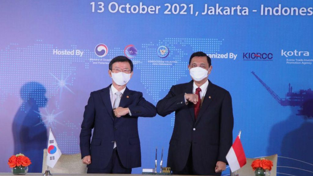 Luhut Bertemu Menteri Samudera Korea, Bahas Proyek Bongkar Rig