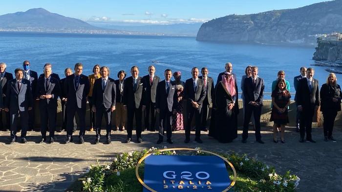 Menteri Perdagangan M Lutfi di Forum G20 Italia