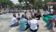 Cegah Tawuran, 100 Pelajar Karawang Mendapat Pembinaan TNI-Polri