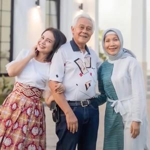 7 Foto Rumah Mewah Rp 20 Miliar Hadiah Rossa untuk Kedua Orangtuanya