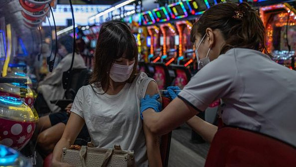 Kala Tempat Main Game di Jepang Disulap Jadi Lokasi Vaksinasi