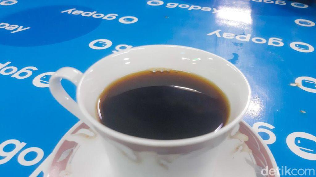 Nikmatnya Kopi Lintong Tabe Coffee Racikan Eks Pegawai KPK Hotman Tambunan