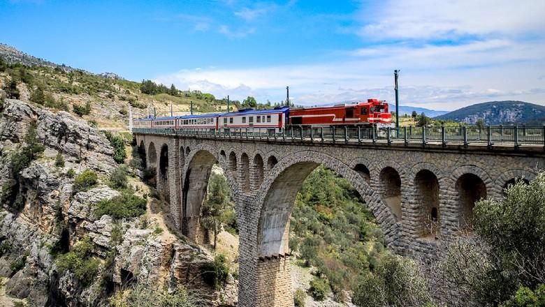 Jembatan Varda Viaduct