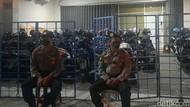 Polisi Olah TKP Kantor Pinjol Ilegal yang Digerebek di Sleman