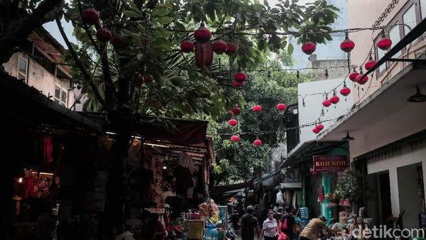 Iqbal Idham Ramid mengatakan Suku Dinas Cipta Karya Tata Ruang dan Pertanahan (Ciktata) Jakarta Barat sudah menyusun konsep penataan lokasi tersebut. Salah satunya perbaikan trotoar dan pembangunan beberapa fasilitas umum di sana.