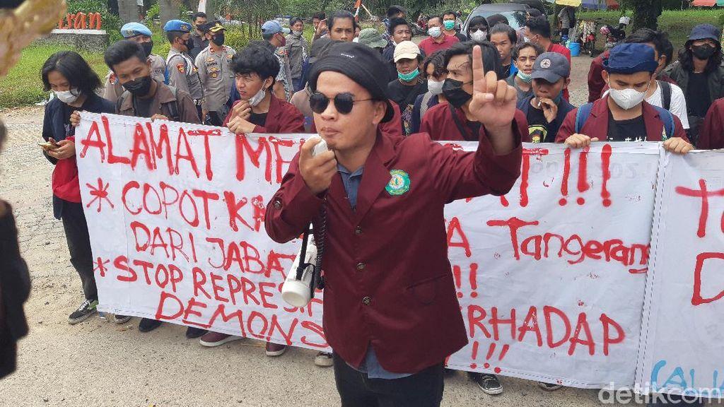 Polisi Smackdown Pendemo, Mahasiswa Desak Kapolresta Tangerang Dicopot