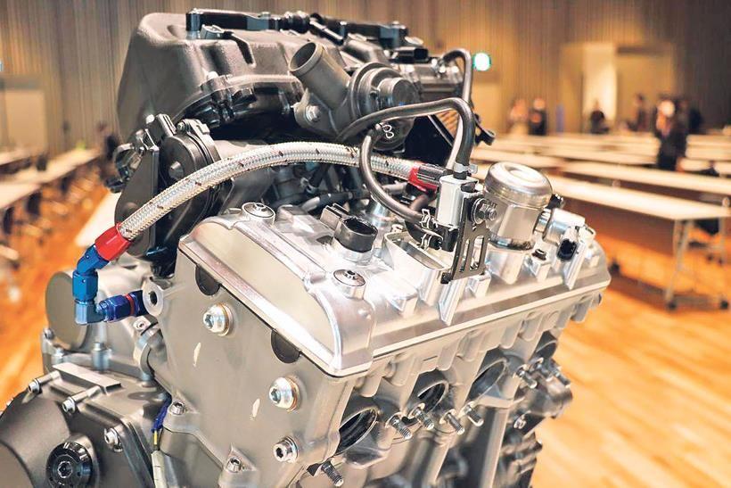 Mesin Kawasaki H2 hybrid yang dikawinkan dengan hidrogen.