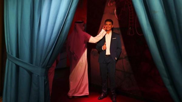 Madame Tussauds Dubai juga turut memamerkan sejumlah bintang dari berbagai negara di kawasan Timur Tengah, salah satunya penyanyi Palestina, Mohammad Assaf.