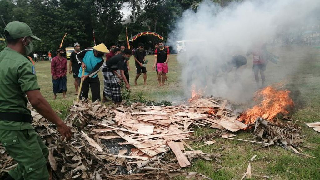 Satpol PP Jatim Gelar Simulasi Tingkatkan Kesiapsiagaan Bencana di Pacitan