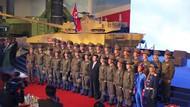 Tentara Korut Berseragam Biru Ketat Hebohkan Netizen
