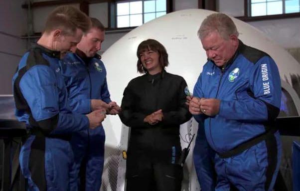 William Shatner ke luar angkasa