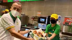 Subway Buka di Indonesia, Akan Ada Subway Rendang atau Ayam Geprek?