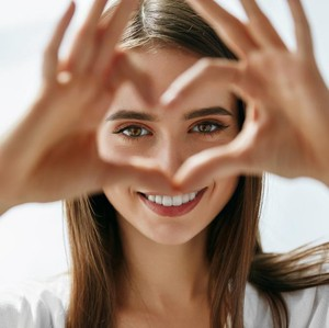 Kamu Wajib Tahu, 5 Perbedaan Rasa Suka dan Cinta
