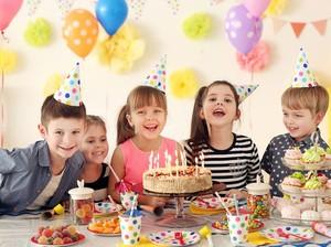 Ini Fakta Tradisi Tiup Lilin dan Potong Kue Ulang Tahun yang Populer di Dunia