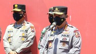 Tinjau Vaksinasi di Surabaya, Kapolri Minta Titik Terjauh Didatangi
