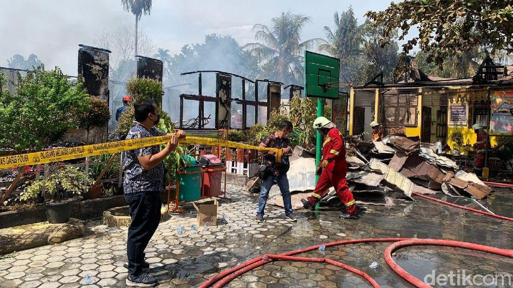 SD di Pekanbaru Kebakaran saat Proses Belajar, 7 Kelas Hangus