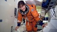 Bisakah Astronaut Bersendawa di Ruang Angkasa?