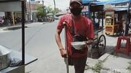 Semangat Pria dengan Satu Kaki di Klaten, Jualan Burjo Motoran