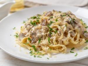 Resep Spaghetti Saus Jamur Creamy yang Enak Buat Makan Siang