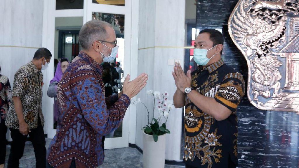 Pemkot Semarang Terima Bantuan 1.400 Dosis Vaksin Gotong Royong