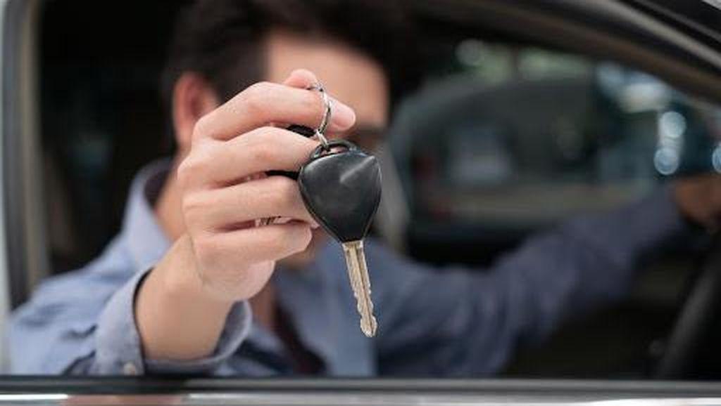 Beli Mobil Baru, Apa Saja Sih yang Harus Diperhatikan Secara Detail?