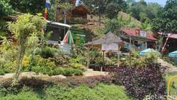 Ngadem Sembari Basah-basahan di Curug Leuwi Kunten