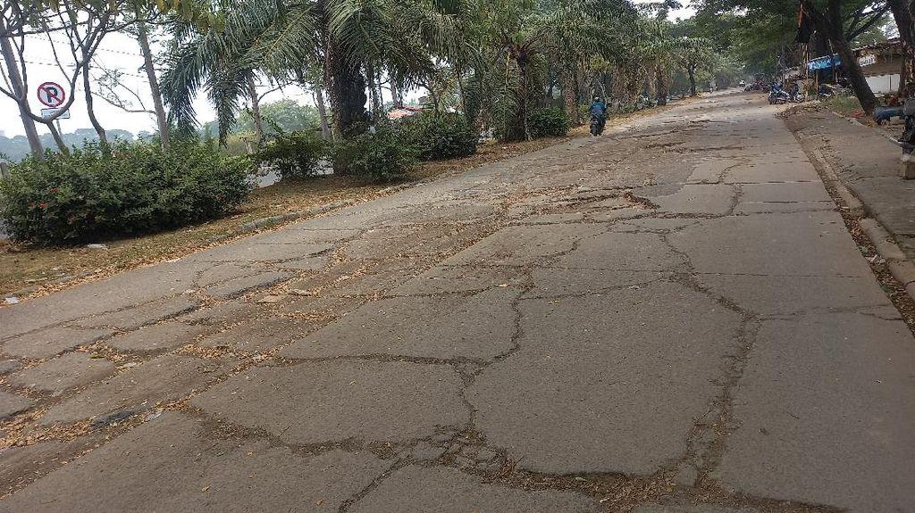 Jalan Penghubung Batu Ceper-Neglasari Tangerang Rusak, Begini Kondisinya