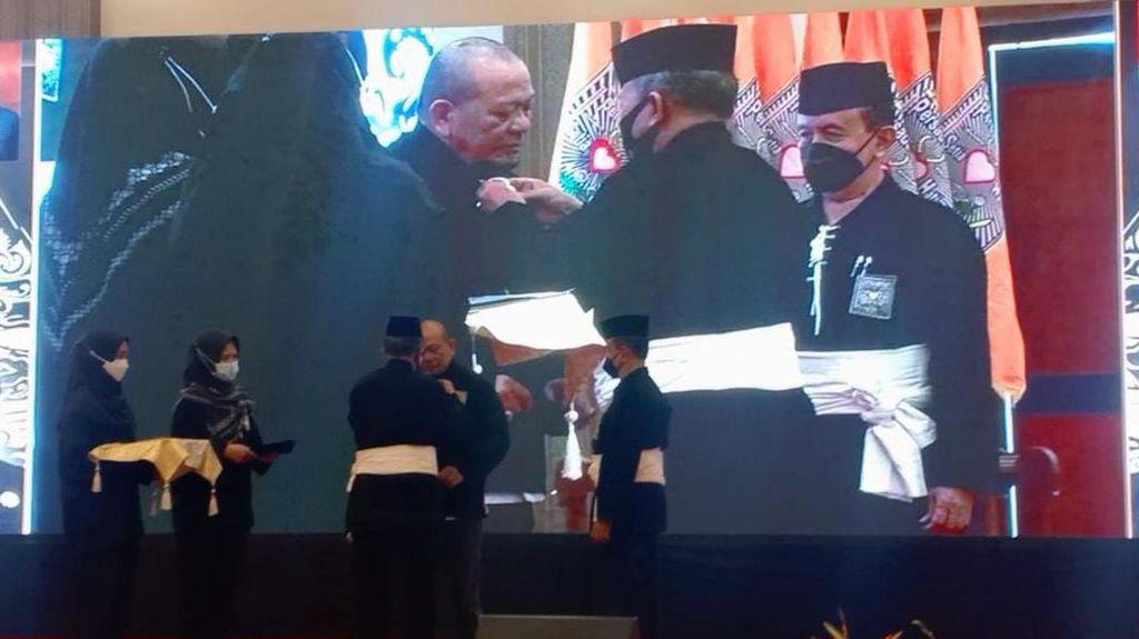 LaNyalla Jadi Warga Kehormatan Perguruan Silat PSHT Pusat Madiun