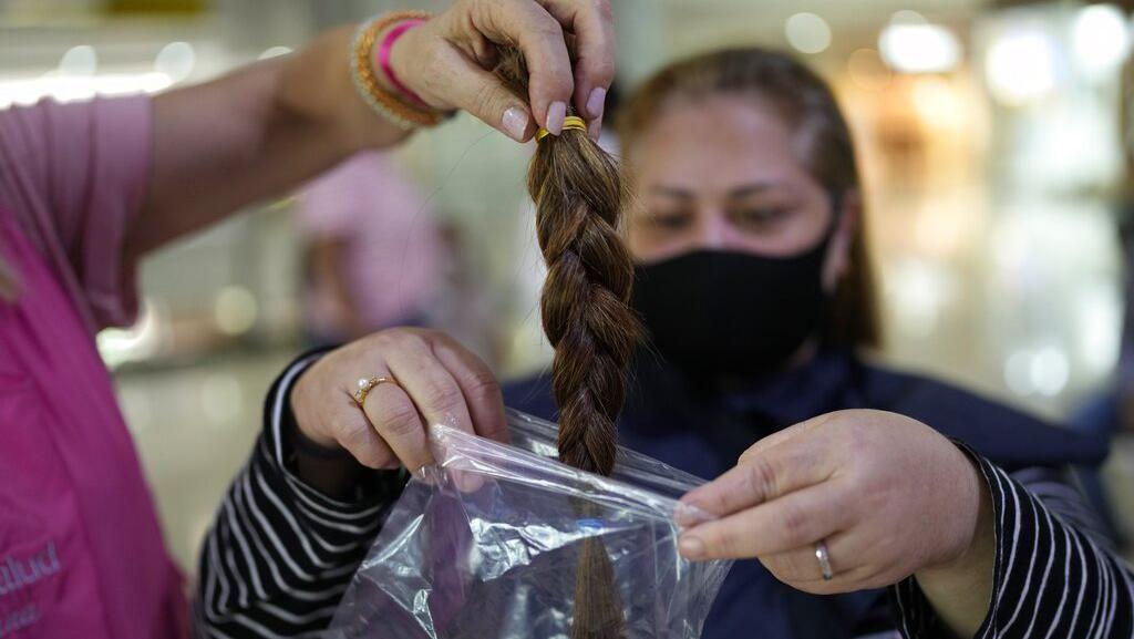 Saat Warga Venezuela Ramai-ramai Donasi Rambut untuk Pasien Kanker