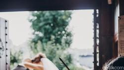 Viral Wedding Singer Disuruh Nyanyi di Gudang, Ada Suara Tapi Tak Ada Wajah