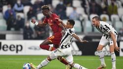 Mourinho: Roma Sepantasnya Menang atas Juventus
