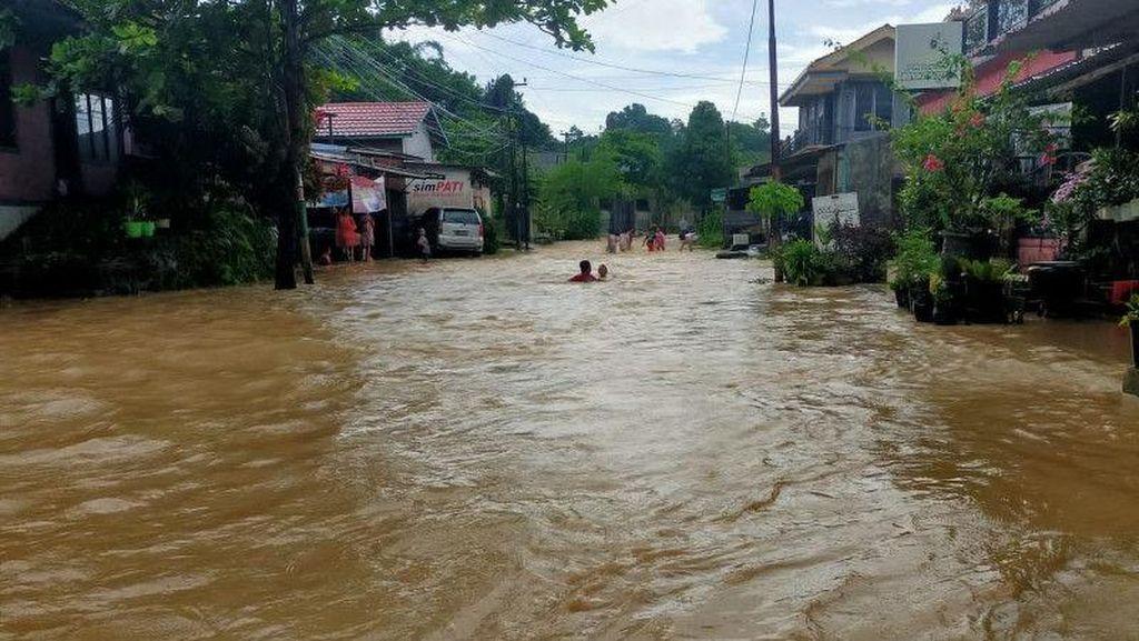 Hujan Lebat Sejak Semalam, Samarinda Dikepung Banjir