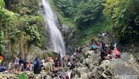 Foto: Curug Cigentis, Setitik Kesegaran Alami dari Karawang