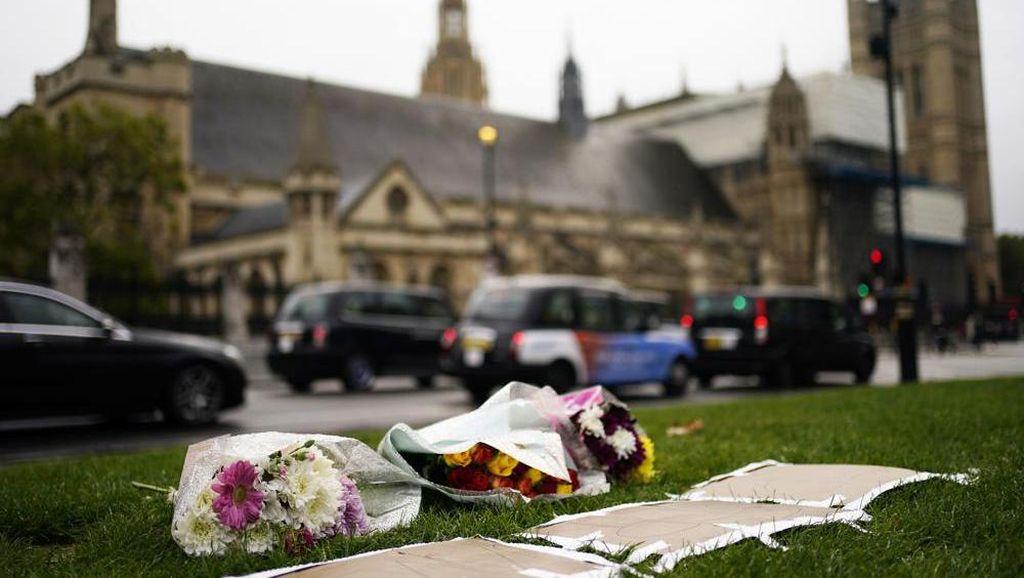 Parlemen Inggris Beri Penghormatan Terakhir untuk Politikus Tewas Ditikam