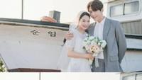 8 Foto Pernikahan Kim Seon Ho dan Shin Min Ah, Dimple Couple Bikin Baper