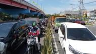 Eksekusi 15 Bangunan di Frontage Jalan Wonokromo Sebabkan Kemacetan