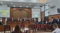 Ipda Yusmin-Briptu Fikri Didakwa Bunuh 4 Eks Laskar FPI
