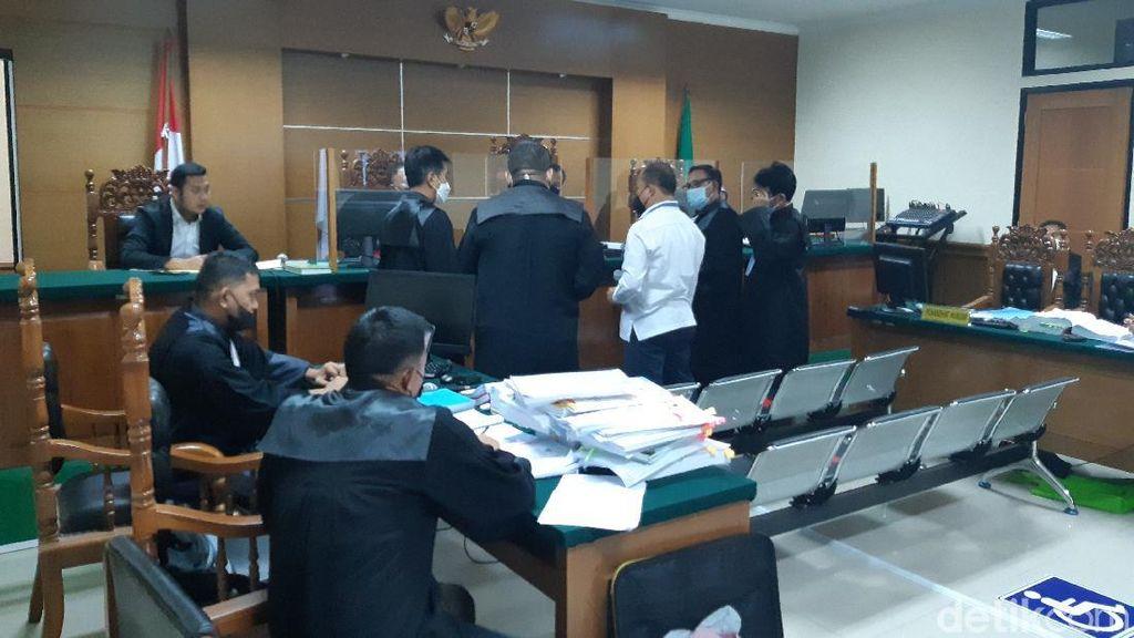 Pengacara Terdakwa Minta Hakim Jadikan Kepala Bappeda Tersangka Hibah Ponpes