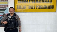 Cerita Polisi Artis Dimutasi di Balik Viral Geledah Ponsel Warga
