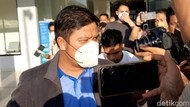Bupati Kuansing Dibawa ke Gedung KPK Usai Diperiksa di Polda Riau