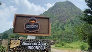 Nyam! Seruput Es Kopi dan Santap Jajan Tradisional di Kaki Gunung Batu, Bogor