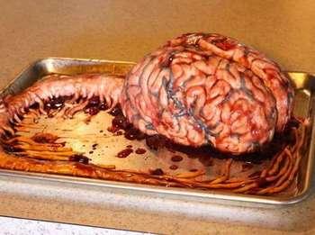 10 Kue Mengerikan Berbentuk Organ Jantung hingga Otak Manusia