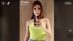 Curhat Nur Sajat, Transgender Cantik Jadi Buronan karena Pose di Depan Kabah