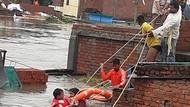 100 Orang Tewas di India dan Nepal Akibat Banjir-Longsor
