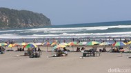Ganjil Genap Akhir Pekan, Wisatawan Pantai Parangtritis Berkurang