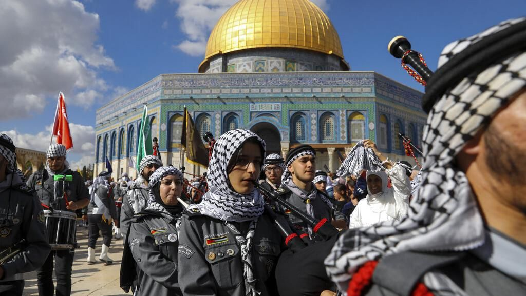 Potret Peringatan Maulid Nabi Muhammad di Kompleks Al-Aqsa