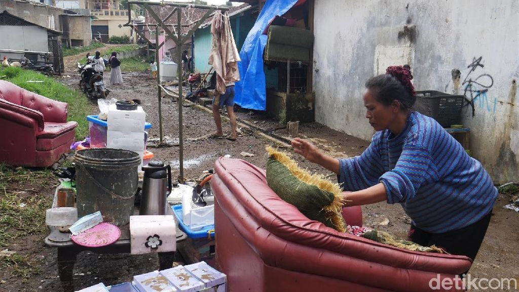 Pegiat Lingkungan Ungkap Penyebab Banjir di Lembang Bandung Barat